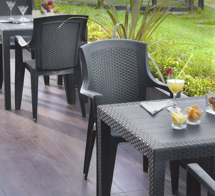 gartentisch balkonm bel campingtisch 79x79cm rattan look schwarz ebay. Black Bedroom Furniture Sets. Home Design Ideas